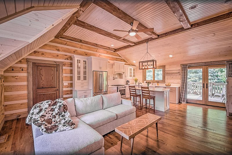 A modern cottage to rent in Indiana with beautiful furniture