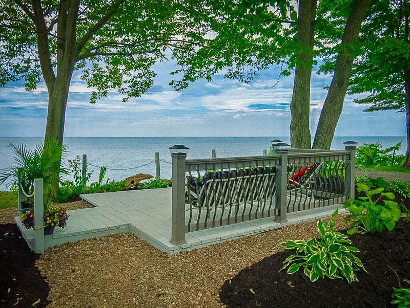 Is this among the best lakefront cottages for rent in NY? Totally is!