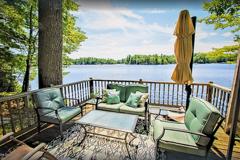 This lake rental in Maine is a dreamy romantic getaway