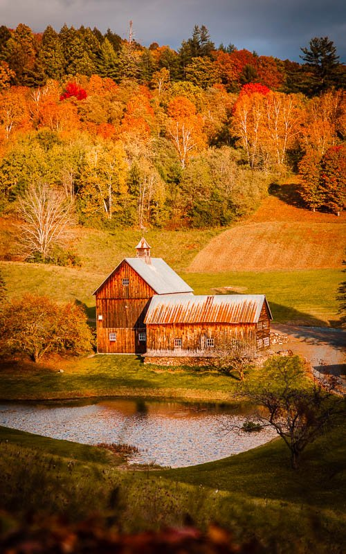 Farms in Woodstock VT come to life during the autumn months.