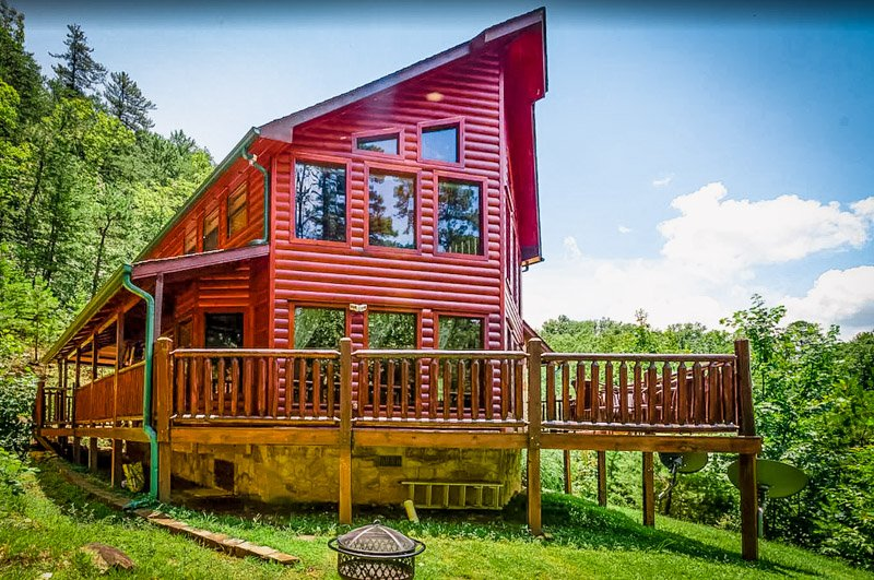 A picturesque Pigeon Forge rental cabin.