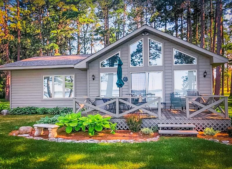 A lakefront Michigan rental perfect for getawayas