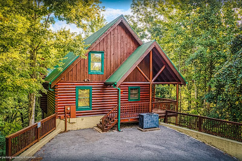 A Pigeon Forge cabin rental with stunning views.