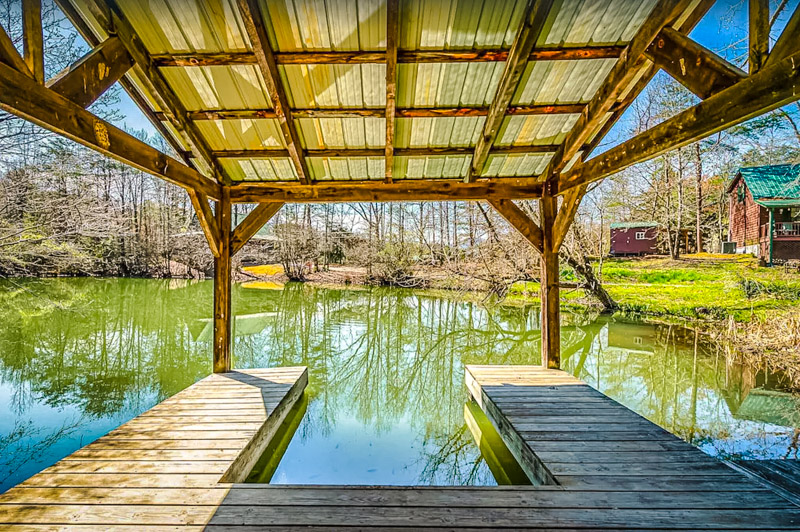 Enjoy your own personal dock at this waterfront Tennessee getaway.