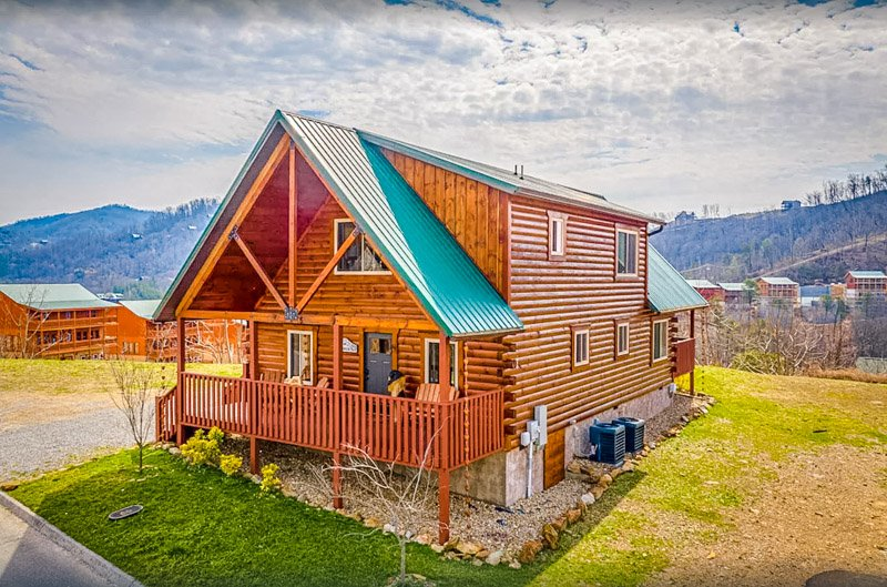 A Pigeon Forge cabin rental in a prime location.