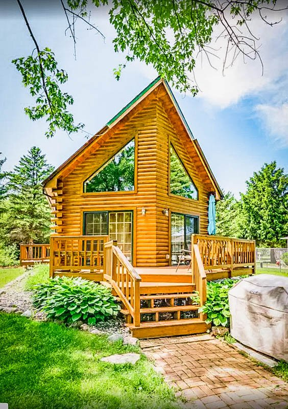 sunny view of this lake rental in wisconsin